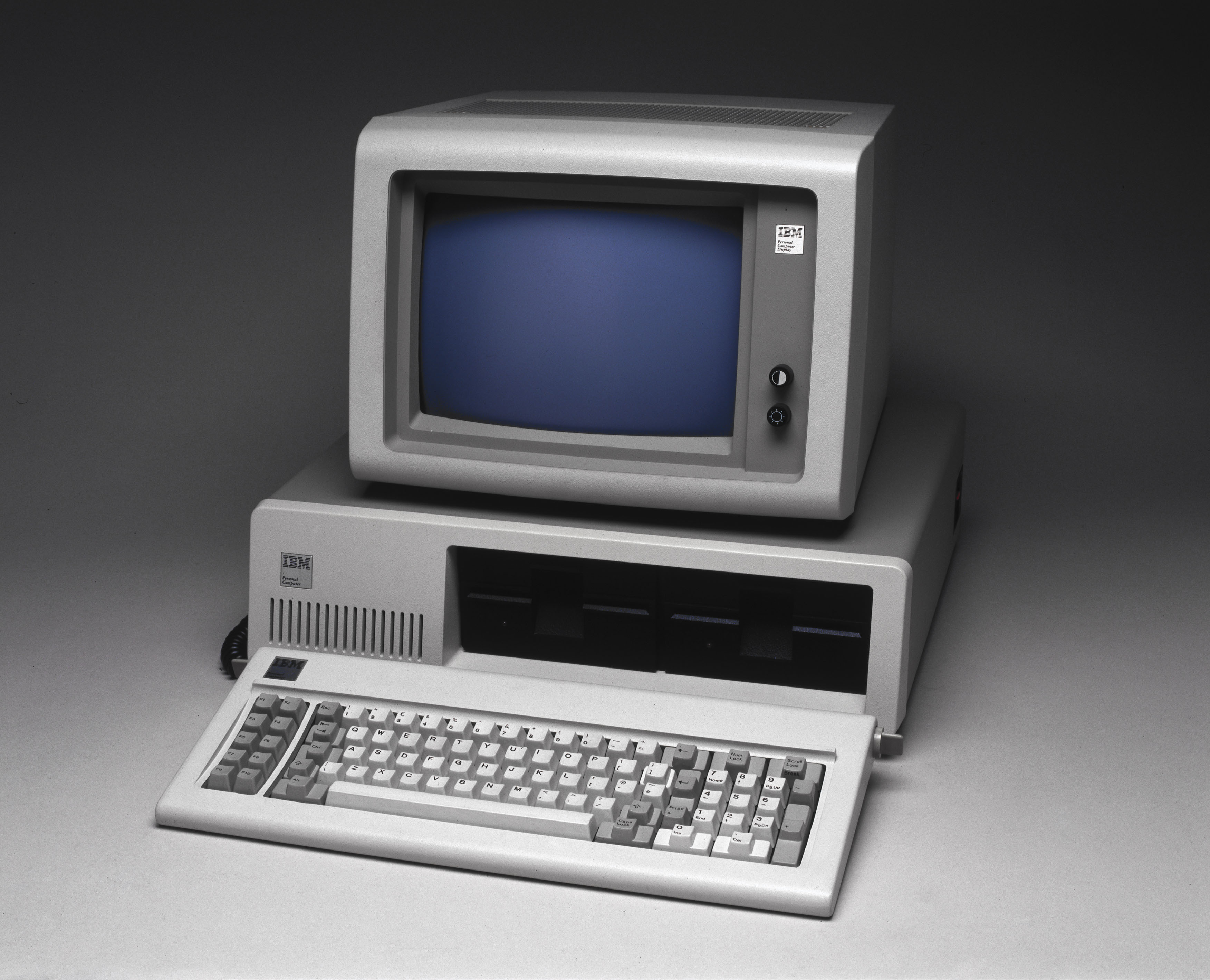 personal computer and microsoft Personal computers in the 1980s: the faces and sensations that made us all  and ibm introduced personal computer with microsoft's 16-bit.